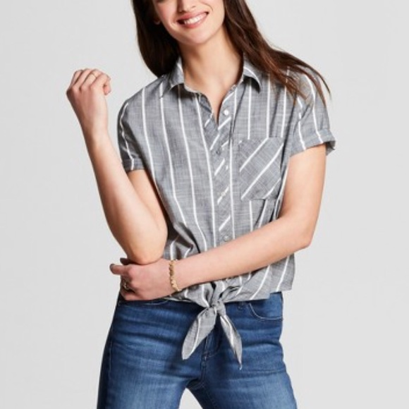 e749658b8c474e Universal Thread Tops | Gray Striped Front Tie Top Sz M | Poshmark